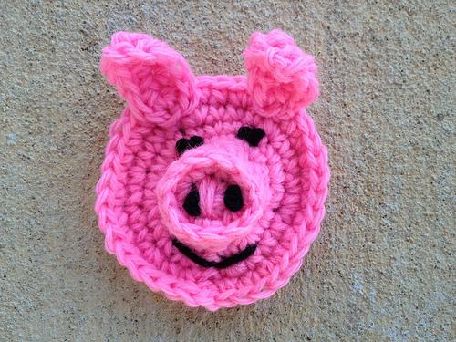 crochetbug, crochet pig, crochet hexagons, crochet blanket, crochet throw, crochet afghan, anne halliday