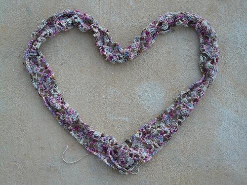 crochetbug, alice merlino, crochet scarf, crochet hearts, valentine's day crochet