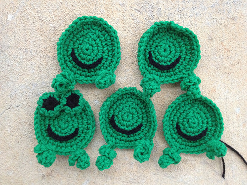 marking the ides of february with five future crochet hexagon frogs