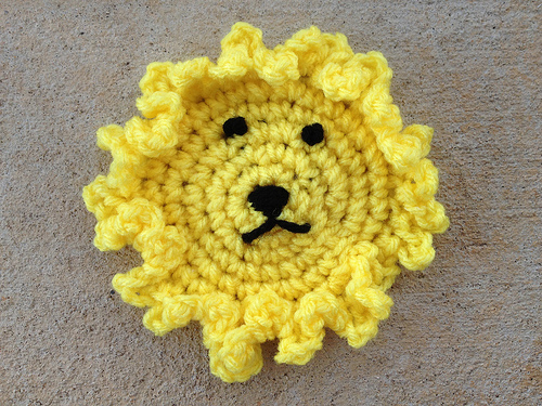 crochet circle, crochet hexagon, crochetbug, hyperbolic crochet, crochet lion, crochet blanket, crochet afghan, crochet throw