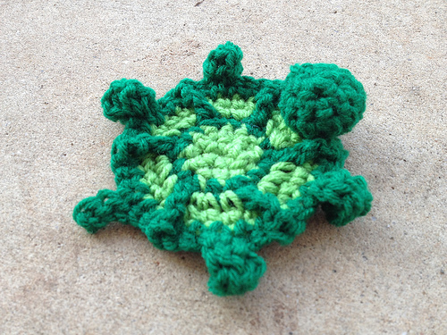 crochet turtle, crochet hexagon, crochetbug, crochet blanket, crochet afghan, crochet throw, verde, vert, green