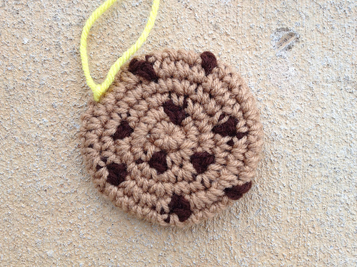 chocolate chip crochet cookie