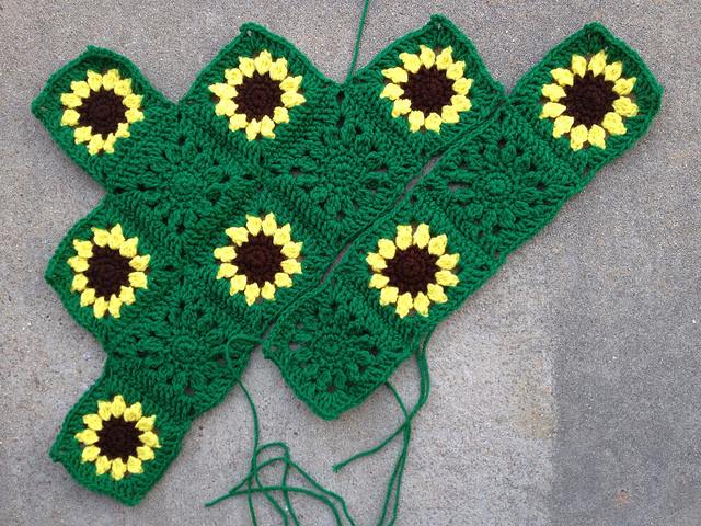 sunflower crochet throw