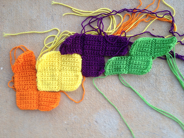 LOTS in crochet tetrominos