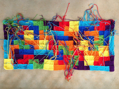 crochet tetrominos with ends to weave in