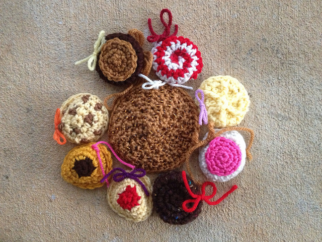 One future crochet cookie motif assembled after working through the doubts