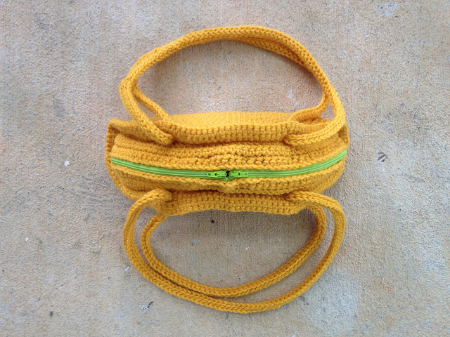 crochet taco purse zippers