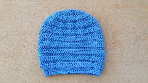 I finally finish a delft blue slouchy crochet beanie