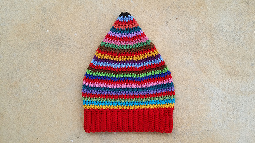 scrap busters crochet hat, crochetbug, crochet beanie, scrap yarn, crochet stripes, multicolor crochet