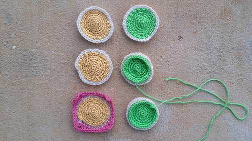 crochet frosting