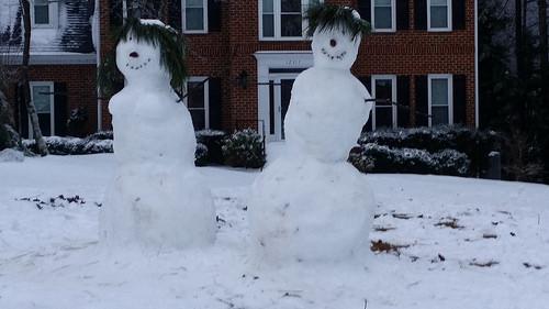 crochet snow people