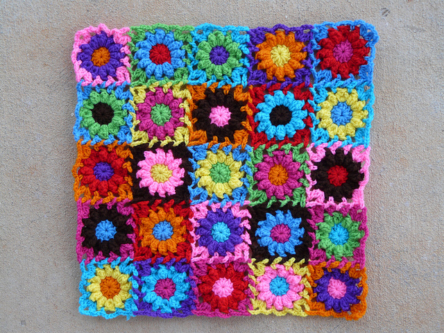 twenty-five crochet flowers crochet bag