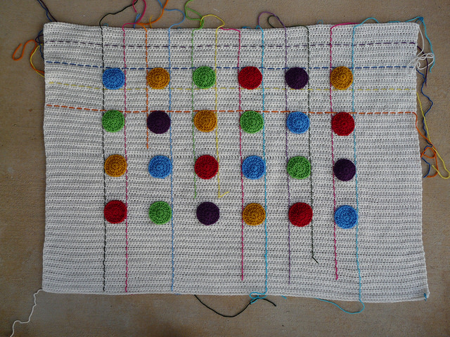 crochet blanket based on the game dots