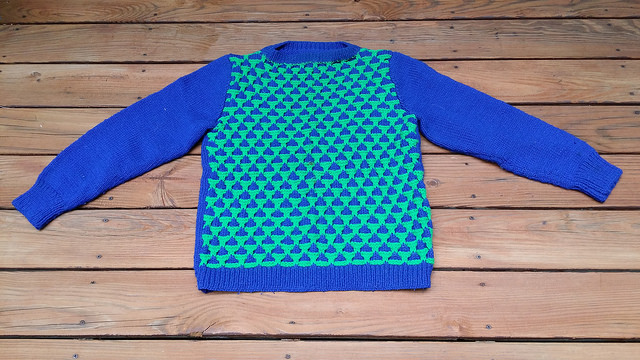 hand knit sweater, crochetbug, alice may, acrylic yarn