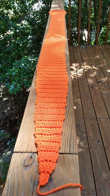 carrot crochet scarf