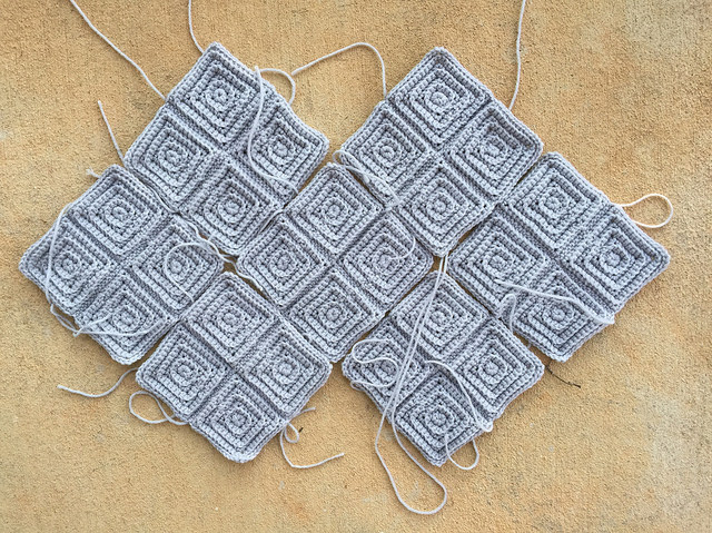 textured crochet squares to keep me amused during the game