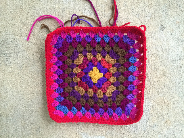 A second ten-round square for a second practically perfect granny square bag