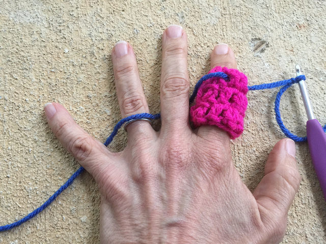 A crochet regulator ready for action
