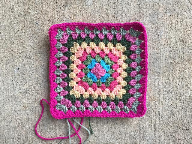 crochet bag granny square