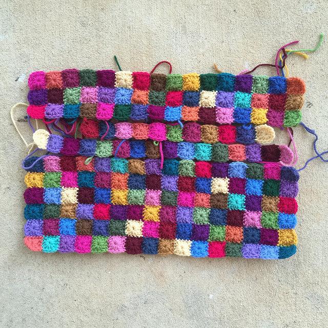 one round granny squares