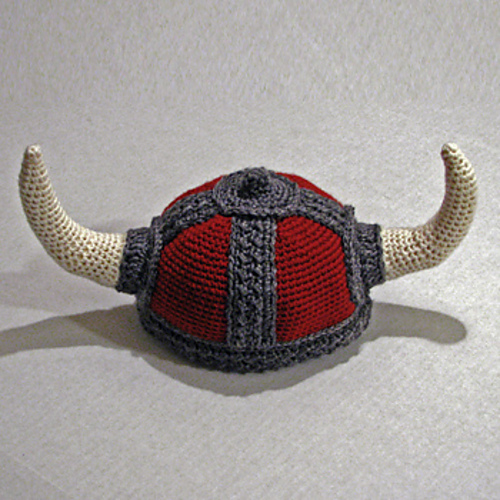 Photo of MynKat's Viking Hat © MynKat