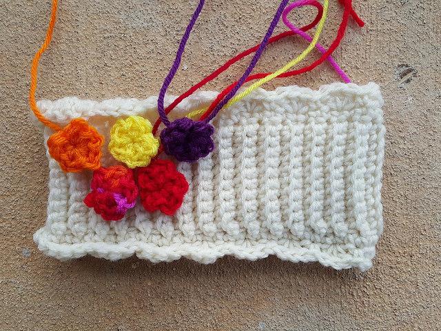 crochet flowers for a crochet ear warmer
