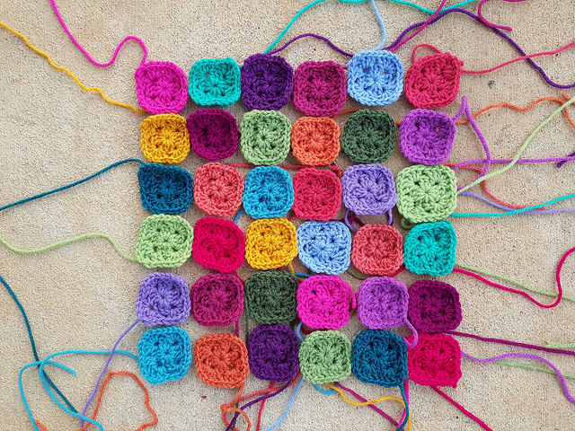 two-round crochet granny squares
