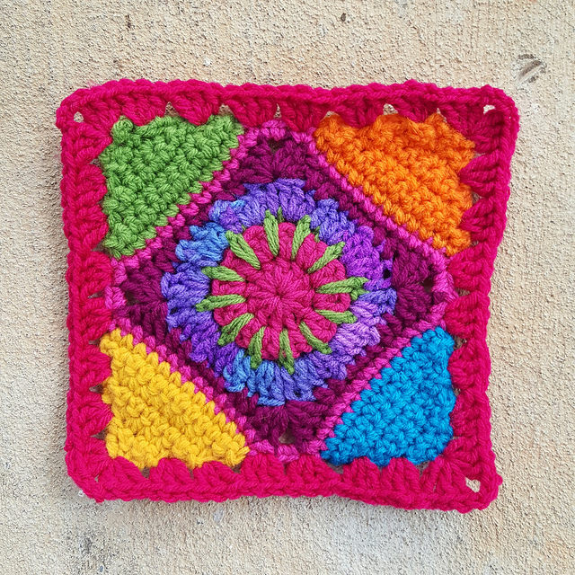 Multicolor granny square crochet