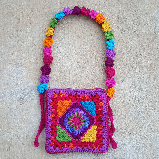 granny square purse, five petal crochet flowers, crochetbug, crochet purse, crochet tote, granny square purse, rainbow is a color