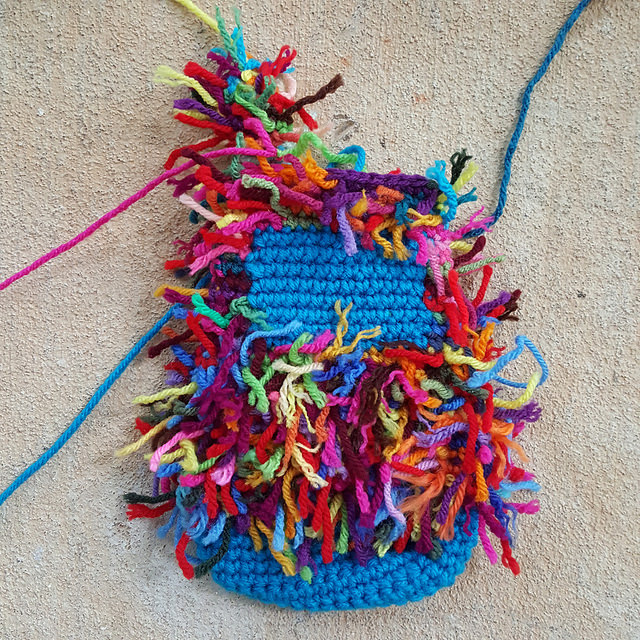 scrap yarn crochet kitty