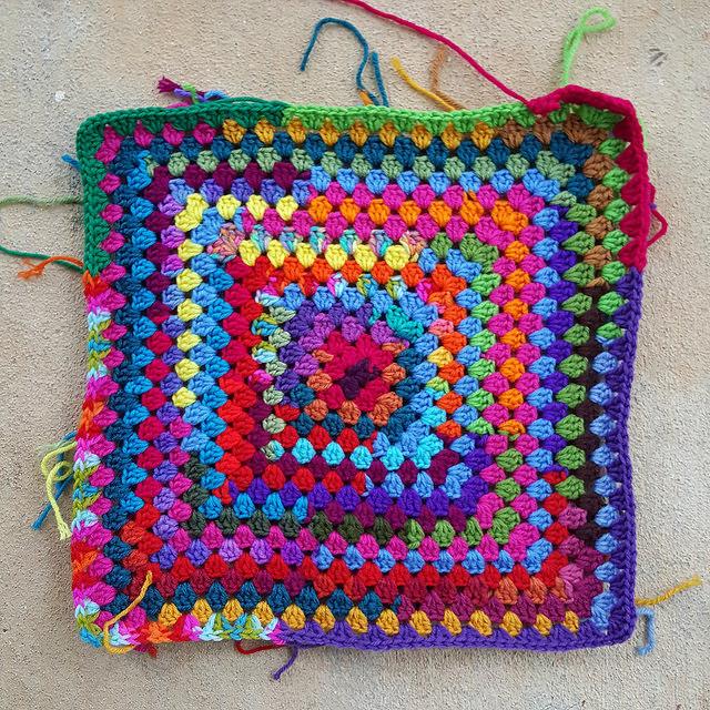 scrap yarn crochet granny square