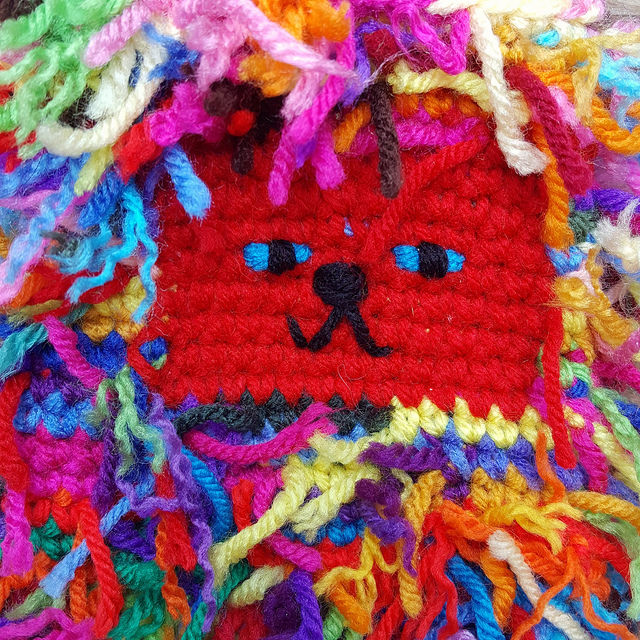 scrap yarn crochet cat