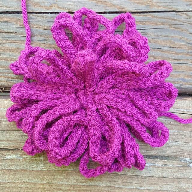 chrysanthemum crochet flower