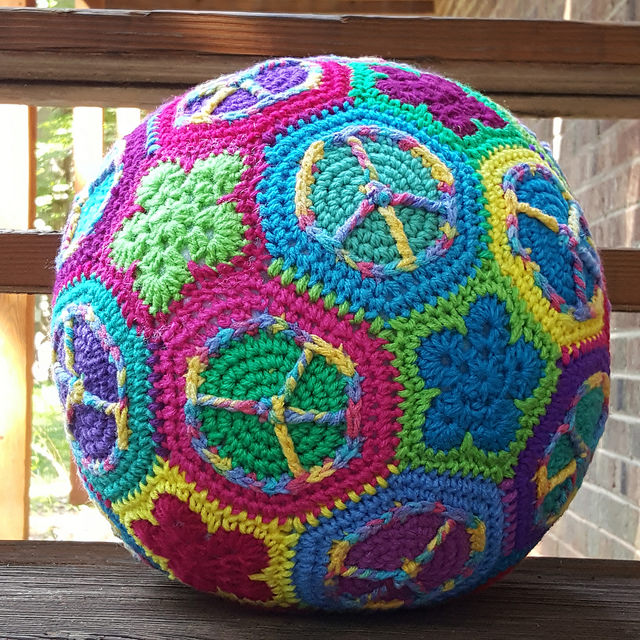 peace sign crochet soccer ball, crochetbug