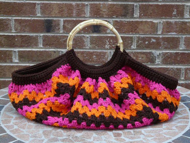 crochetbug, crochet fat bag, granny square, crochet square,