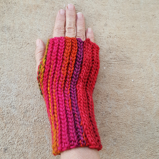 crochetbug, back loop only slip stitch, fingerless crochet gloves, ribbed crochet, crochet ear warmer