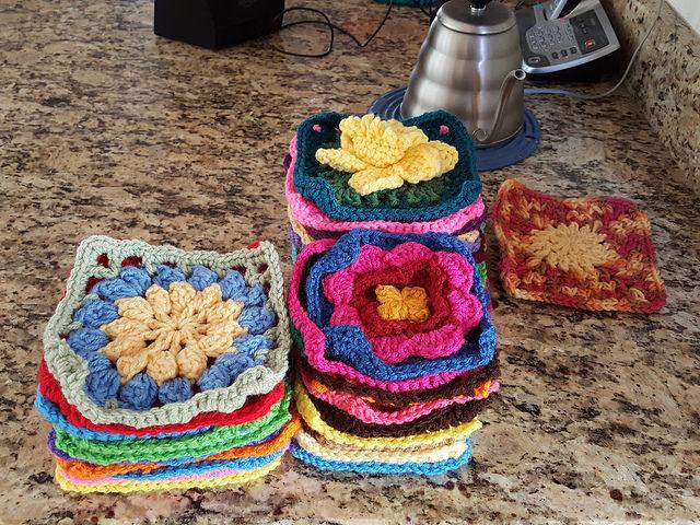 crochetbug, crochet, crochet afghan, crochet squares, 101 crochet squares, jean leinhauser, project amigo, crochet afghan, crochet blanket, crochet throw, crochet flower, pink, rosado