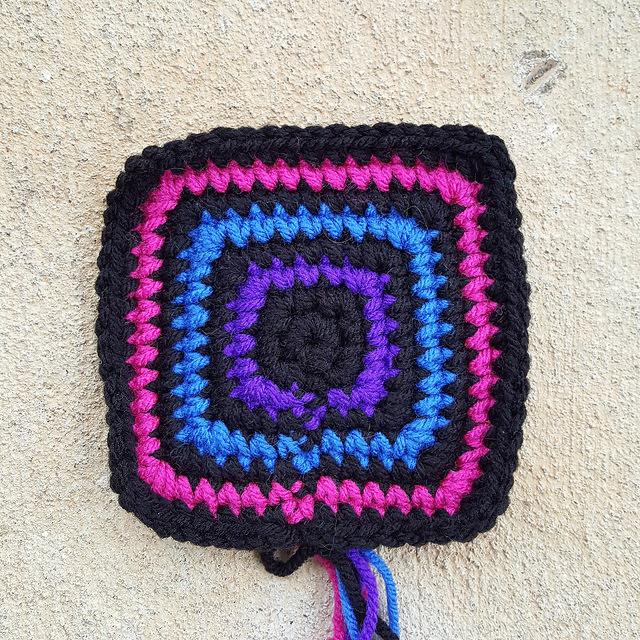 crochetbug, crochet square, crochet squares, crochet concentric squares