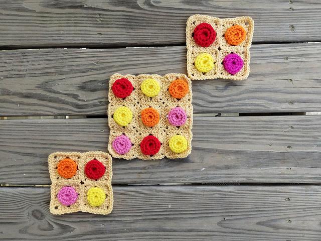 crochetbug, crochet squares, granny squares, crochet roses