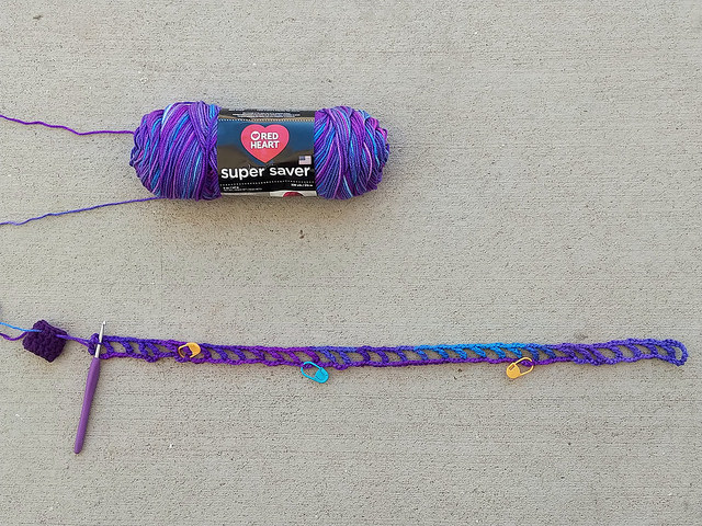 The start of a crochet French market bag grape fizz extravaganza