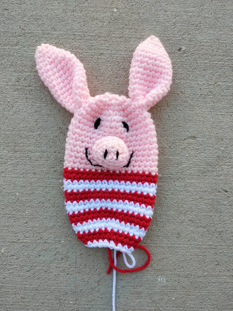 The head and body of a future Olivia inspired crochet pig