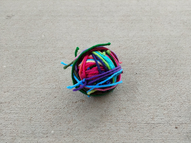 The resulting magic yarn ball made from those same scraps