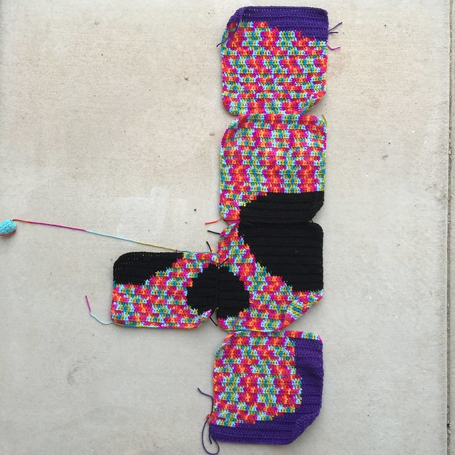 The Day of the Dead yarn bomb as Saturday drew to a close
