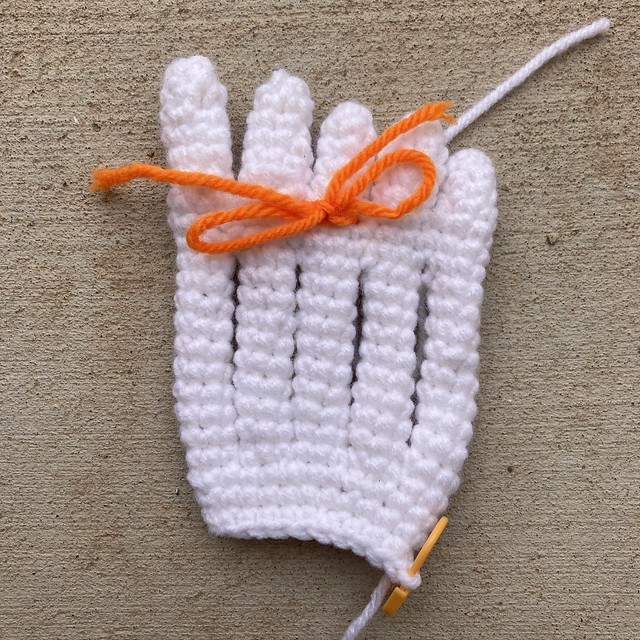 A crochet foot for a skeleton